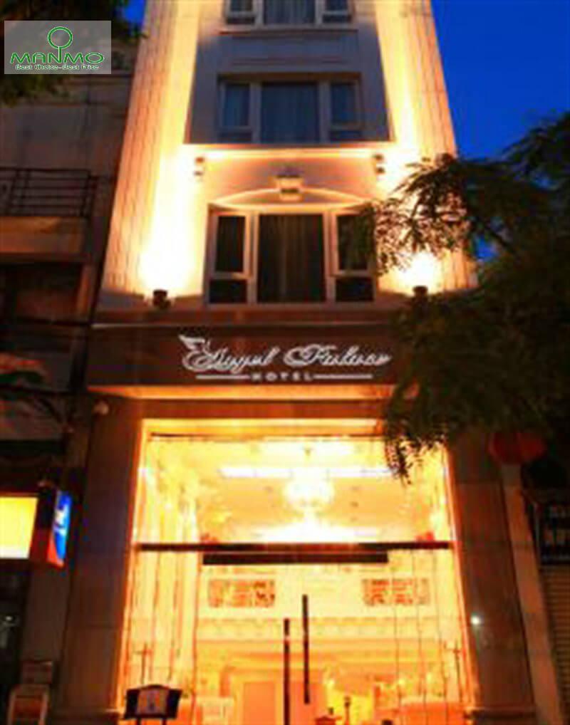 Angle Palace Hotel