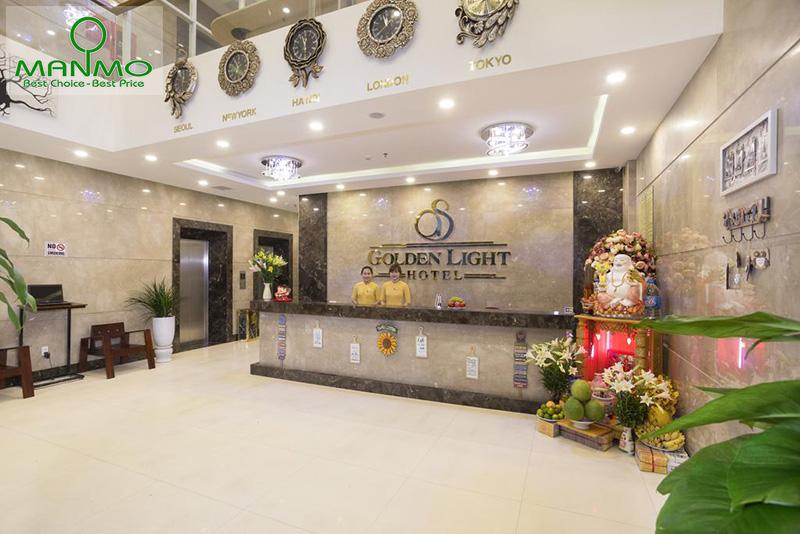 Khách sạn Golden Light