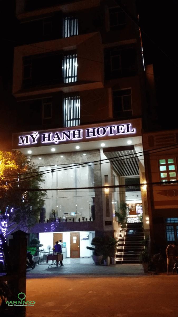 Trường tài hotel