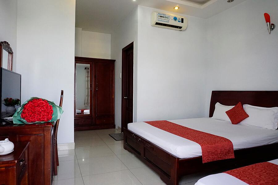 Khách sạn Tuấn Long