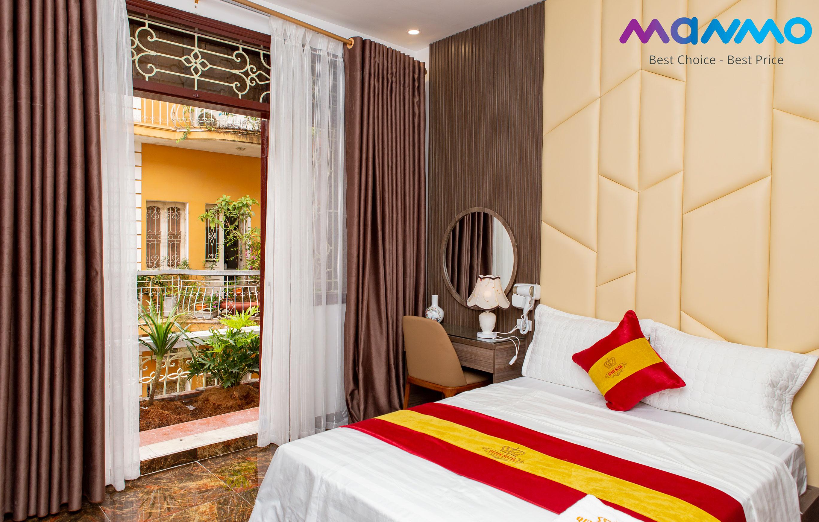 Queen Hotel I